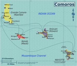 Komoren: Karte mit vier Hauptinseln der Komoren und Fährverbindungen